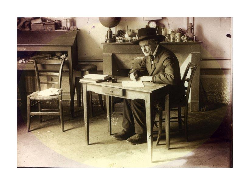 Jean-Henri+Fabre+_E0+sa+table+de+travail+_E0+l_5C_27Harmas.